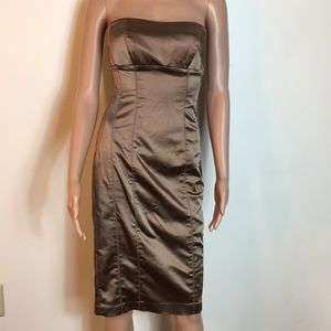 Bebe open shoulder dress size M